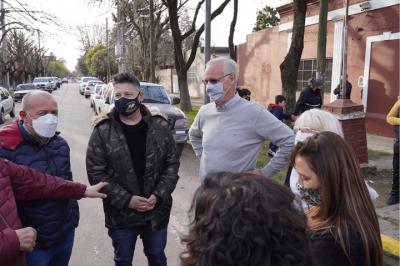 Merlo | Daniel Gollán recorrió el distrito junto con Menéndez