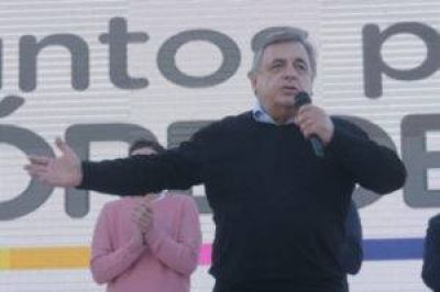 "Negri, tribunero macrista: ""Aguantamos los trapos"""