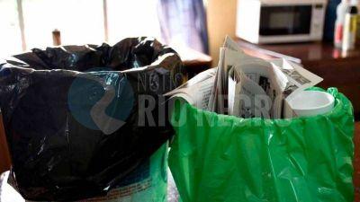 El presidente de COTRANVI nos enseña a cómo reciclar la basura y hacerla llegar al GIRSU