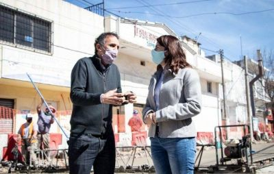 Katopodis recorrió obras en Moreno junto a Mariel Fernández