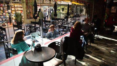 Restricciones en Córdoba: amplían aforo y horario para locales gastronómicos