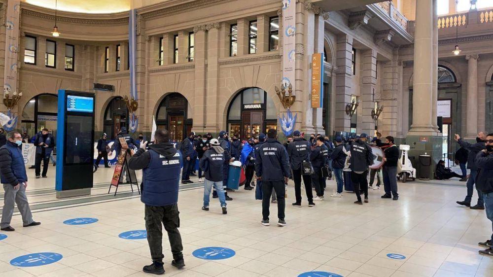 Gremio de la Seguridad Privada consigue bonos para trabajadores del ámbito ferroviario