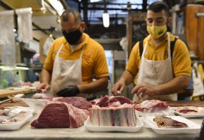 Chats filtrados e impacto económico: ¿cómo sigue el conflicto por el cepo a las exportaciones de carne?