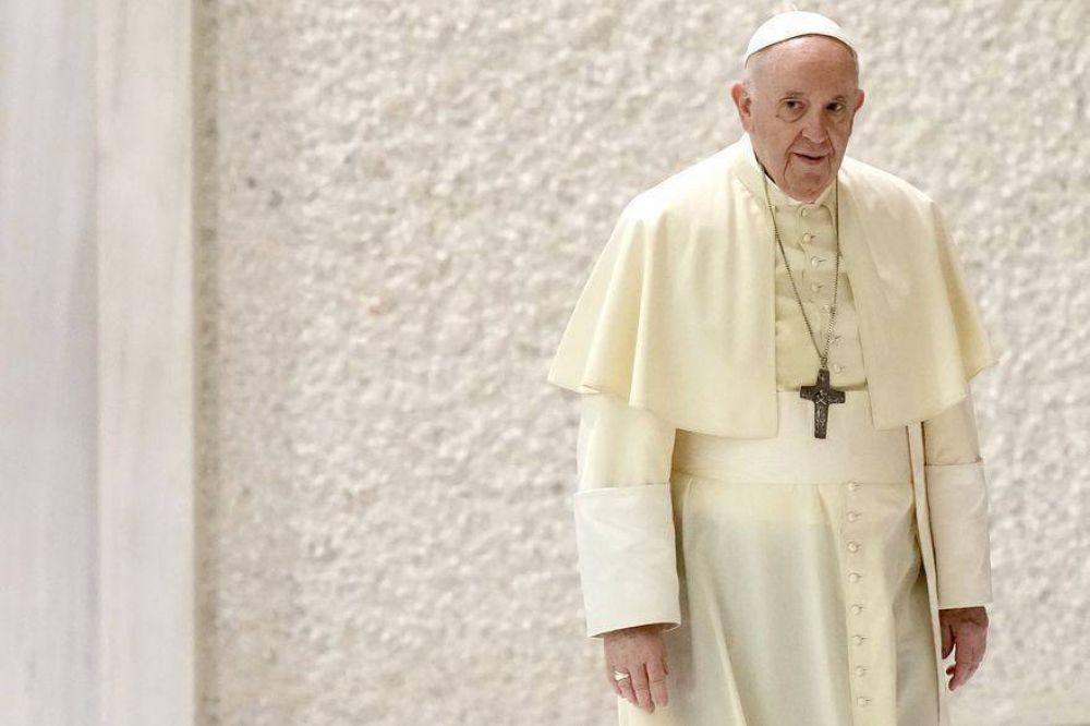 """El papa Francisco desmiente los rumores: """"Nunca se me pasó por la cabeza renunciar"""""""