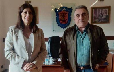 Hidrovía: la precandidata a senadora Clara García se reunió con trabajadores de Dragado