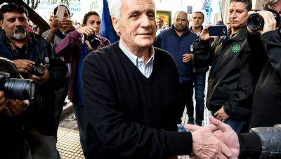Caló sorprendió y apoyó públicamente proyecto para limitar reelecciones de sindicalistas