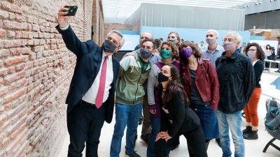 El Presidente reconoció a los científicos por su trabajo en la pandemia