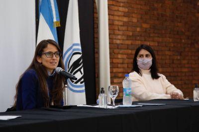 Gómez Alcorta firmó un acuerdo con Dioxitek S.A. para la implementación del Programa Igualar