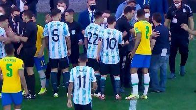El gobierno de Bolsonaro muestra músculo: logró parar un Brasil-Argentina en San Pablo