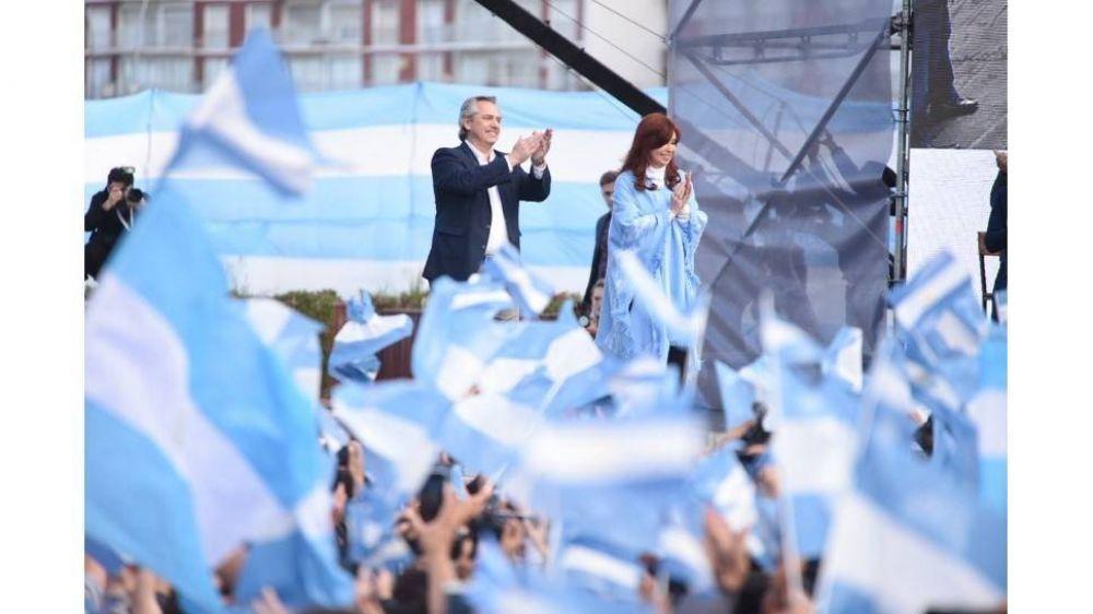 Con Cristina, Alberto, gobernadores y candidatos el FdT cierra la campaña en La Plata