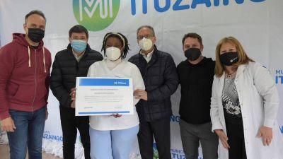 Personal de salud de Ituzaingó recibió un reconocimiento