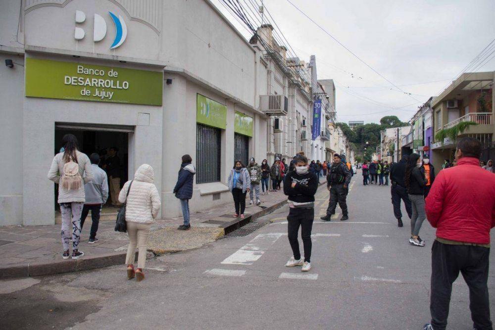 Los bancarios paran en Jujuy en rechazo a la disolución del Banco de Desarrollo