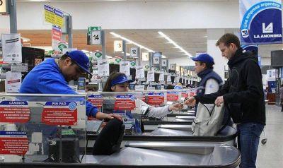 Comienza a regir el nuevo incremento salarial para los trabajadores de comercio