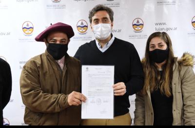 El Intendente entregó reconocimientos a entidades comunitarias del distrito
