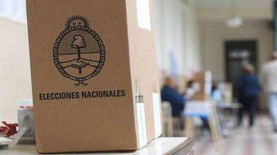 Comenzó en Córdoba la distribución de urnas para las PASO