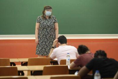 Habrá clases obligatorias los sábados: dónde, hasta cuándo y qué alumnos deben ir