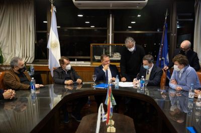 AGP comenzó a administrar la Vía Navegable Troncal del Paraná