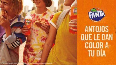 Con una nueva campaña, Fanta invita a darle color a las comidas de todos los días y presenta nuevos sabores