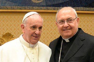 """La salud del Papa: """"Con este viaje demuestra que la operación es agua pasada"""", dijo el cardenal argentino Sandri"""