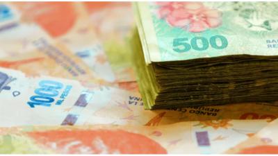 El Frente de Todos presentó un proyecto para subir los salarios por decreto