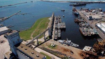 Se oponen a una posible demolición de los silos del Puerto: