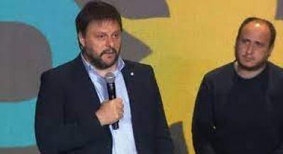 Para Santoro los resultados electorales son producto de la crisis económica