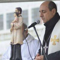 El arzobispo de La Plata pide al Presidente que revise sus prioridades