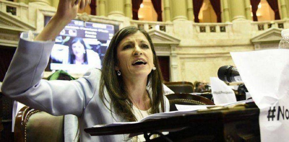 La diputada Fernanda Vallejos llamó