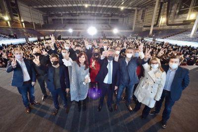 El mundo sindical suma mensajes de apoyo y pide mesura para mantener la unidad de Alberto y Cristina