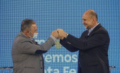 Tras las PASO, Perotti reperfila su gestión y convoca a los docentes para adelantar la discusión salarial