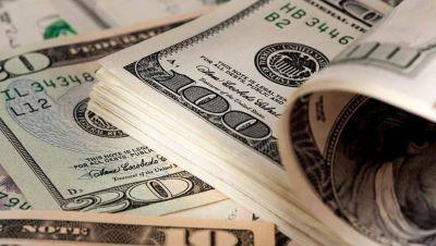 El dólar blue retrocedió y el BCRA vendió u$s 140 millones de sus reservas