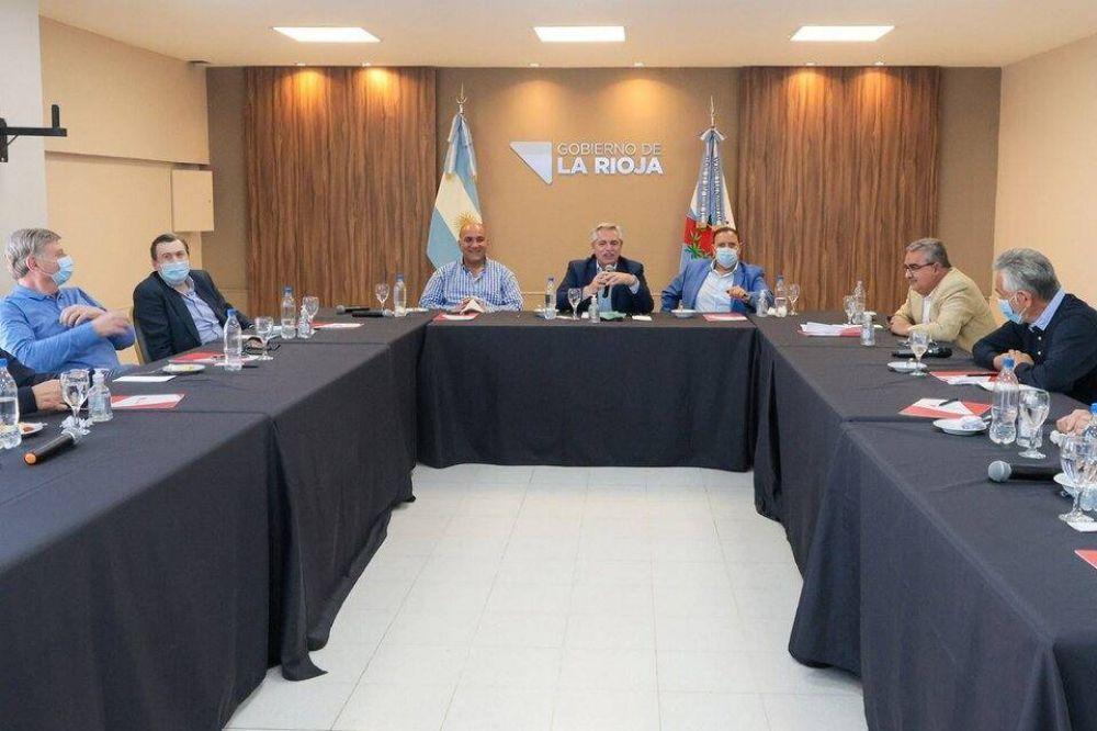 La semana que planifica Alberto Fernandez: asunción de ministros y medidas de shock para el bolsillo de los sectores postergados