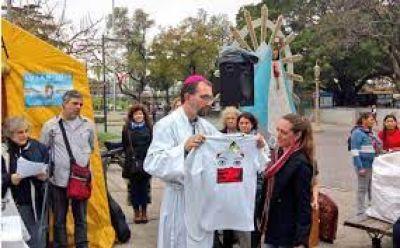 Misa por una sociedad sin esclavos ni excluidos en Plaza Constitución