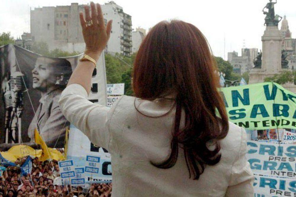 "Cristina apela al ""peronismo real"" como salvavidas"