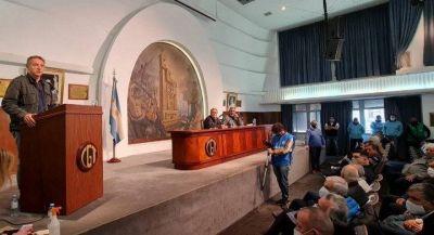 """Unidad, marcha, """"cupo femenino"""".Las 5 claves del pacto que sellaron Daer, Moyano y Palazzo en la CGT"""