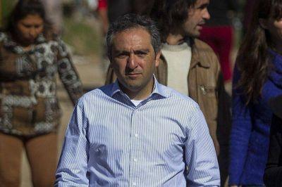 "Andrés Larroque le respondió a Martín Guzmán: ""No podemos 'amarretear'"""
