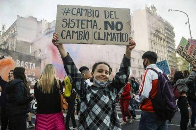 Contra el Cambio Climático: cómo fue la marcha a Plaza de Mayo en el marco de la Huelga Mundial