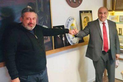 Víctor Santa María perdió espacios en el gabinete, pero su influencia sigue intacta