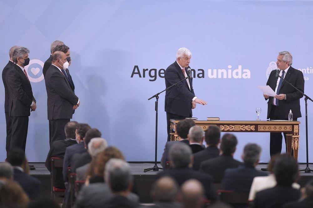 Alberto y Domínguez presentan una ley de estímulos para el agro: se espera la presencia de CFK