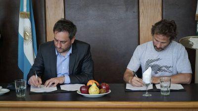Cabandié firmó un convenio con el presidente del Mercado Central para fortalecer la gestión de los residuos sólidos urbanos