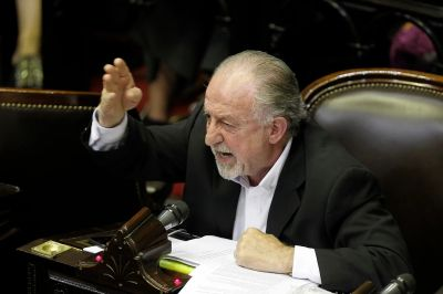 """""""Juntos por el Cambio priorizó el lobby empresarial por sobre la ley de etiquetado"""""""