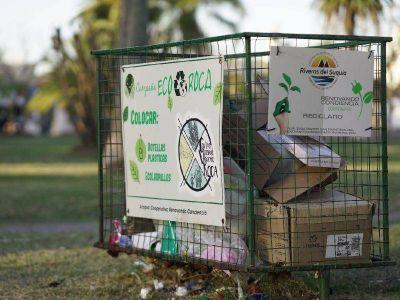 Barrio Roca adaptará los canastos para el reciclado de botellas