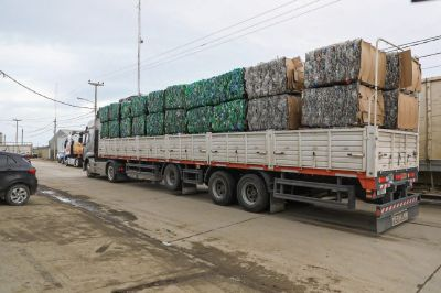 Se exportan envases pet a Buenos Aires para su reciclado