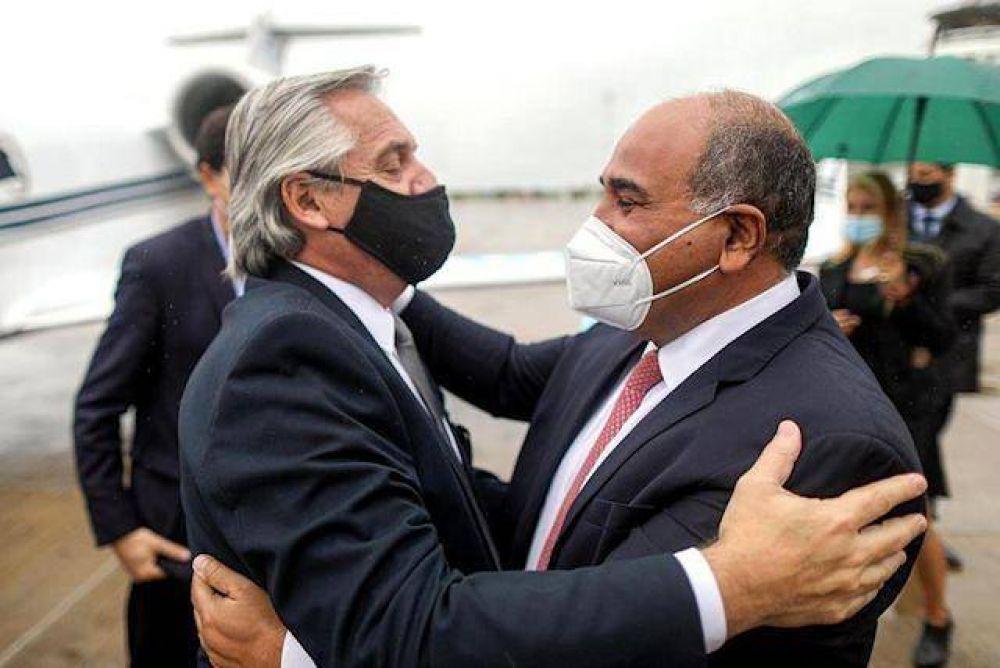 Alberto Fernández se enfoca en el conurbano y deja en manos de Manzur la relación con los gobernadores