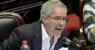 Felipe Solá rompió el silencio luego de su salida del Gabinete y le pegó a Alberto: ¿qué dijo?
