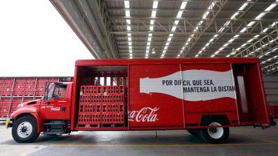 Coca-Cola Femsa resiente escasez mundial de chips y alza en costos de materias primas