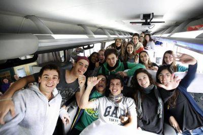 El ministro de Educación apoyó los viajes de egresados gratis que anunció Axel Kicillof