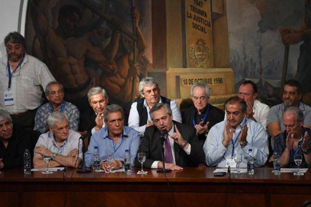 Alberto Fernández reformula su rol en la campaña y prepara el anuncio de medidas para el Día de la Lealtad peronista
