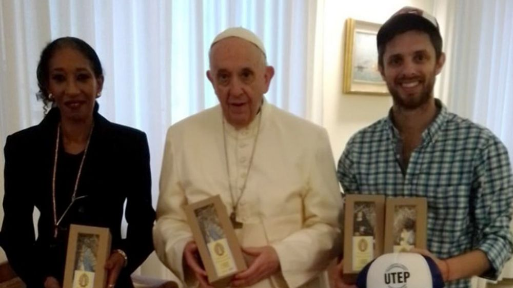 El Papa recibió a un joven de los movimientos populares