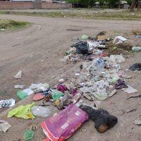 Vecinos de barrio Los Filtros se quejan de la acumulación de basura
